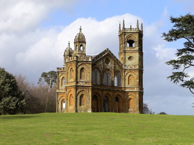 Stowe_Gothic_Temple