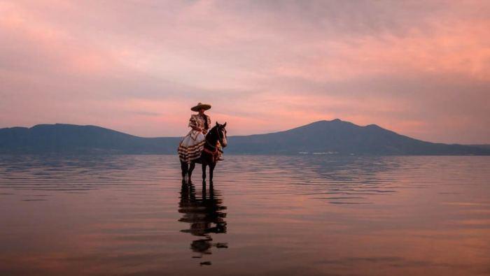 mexican-cowboys-6945_t0tvpi