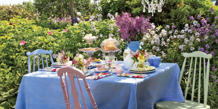 landscape-1459450178-mothers-day-tea-party-ideas