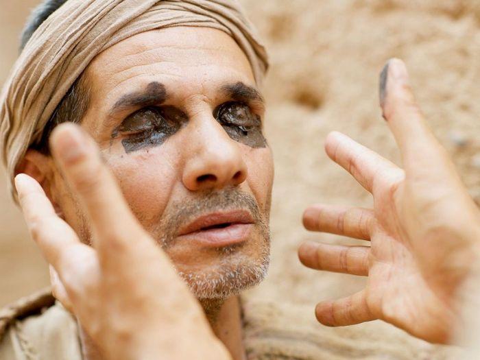 005-jesus-blind-man-pharisees