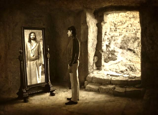 jesus_christ_in-mirror