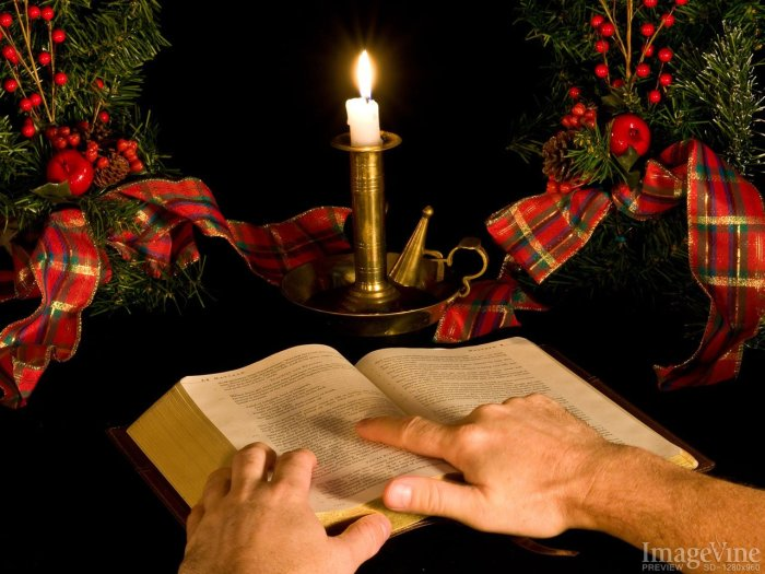 Christmas-Bible-Reading.jpg