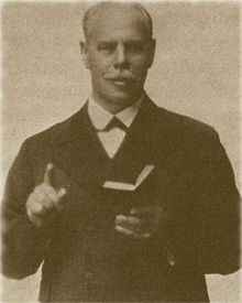 220px-Smith_Wigglesworth_preaching