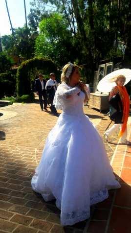Yvette, Eriks stunning bride