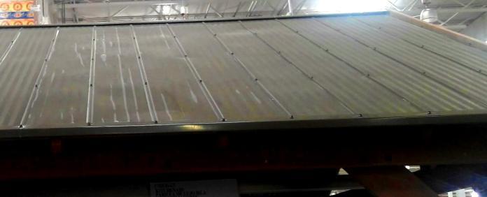 Metal roof, NOT tile