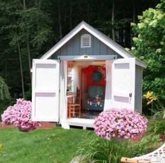 pink-she-shed-exterior
